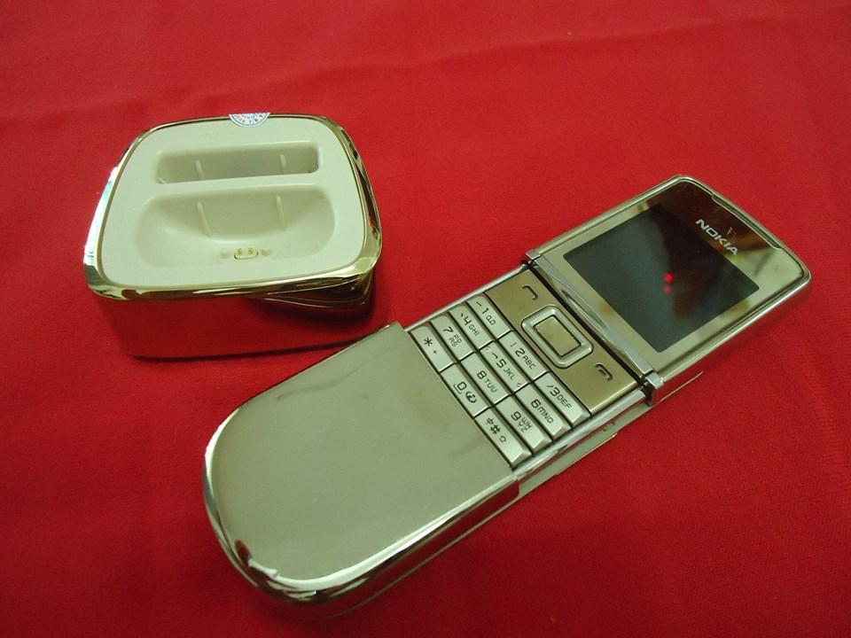 Điện thoại nokia 8800 sirocco gold