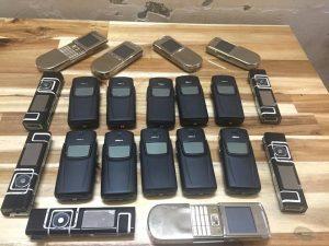 Điện thoại cổ di động giá rẻ Nokia 8800 Sony Motorola V9 V8 6500 độc ở hcm