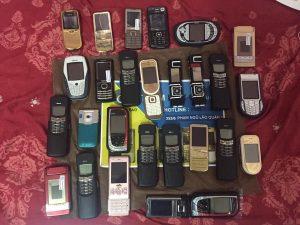 Nơi bán điện thoại độc motorola v3i gold điện thoại cổ motorola v8 gold điện thoại lạ  motorola v9 giá rẻ tại tphcm